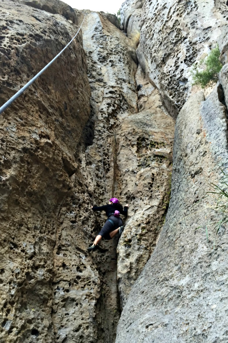 Top Rope Climbing in Alcove in Clark Canyon Outside Mammoth Lakes - Campfire Chic